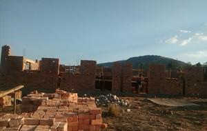les briques fabriquées localement